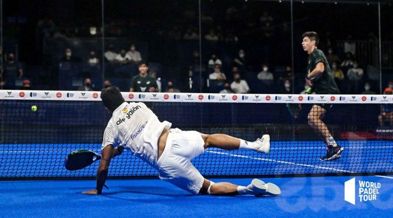 Galán tirándose en las semifinales del WPT Barcelona Master